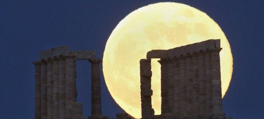 Full moon_Temple of Poseidon Sounion